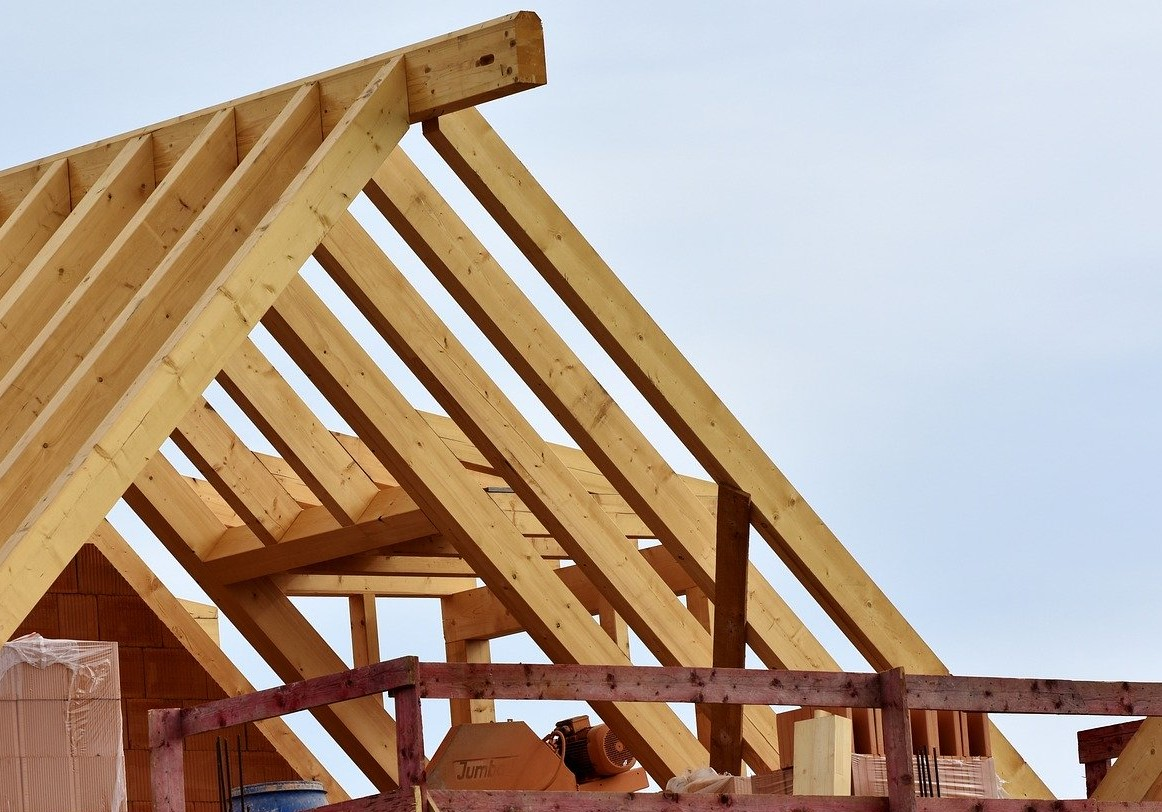 Timber framing - a wooden structure for roof coating